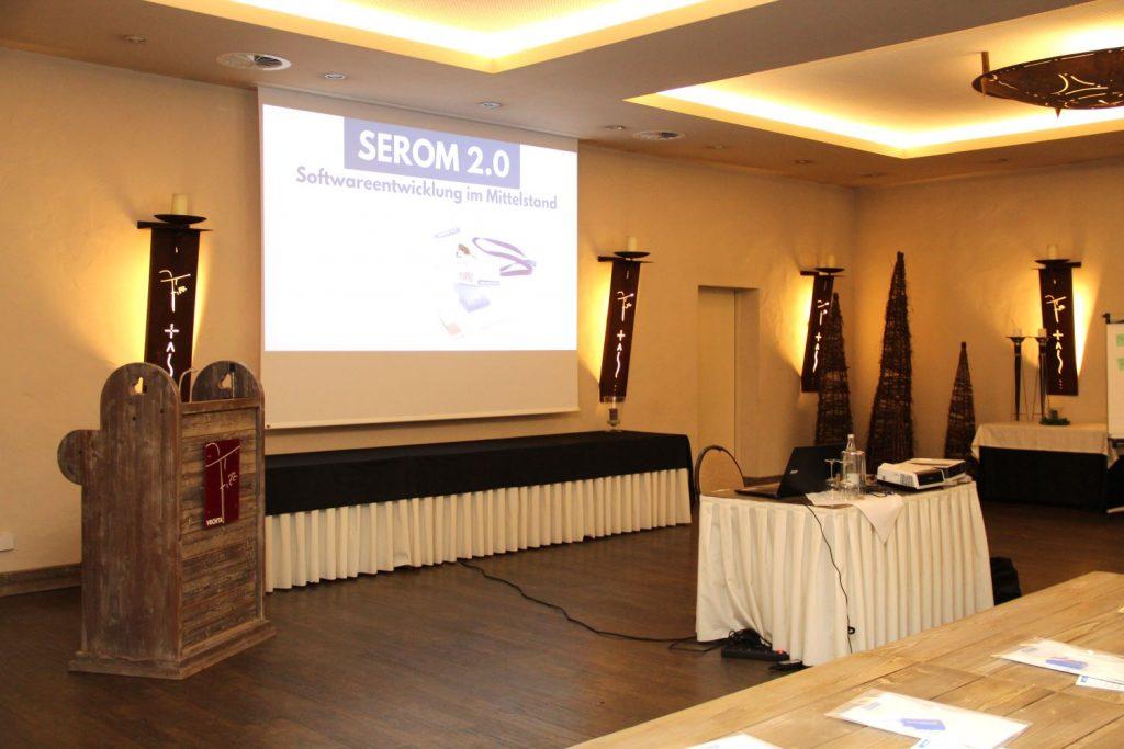Die Bühne der SEROM 2.0